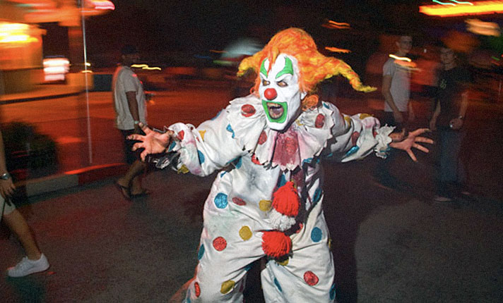 In 2000 if you didn't know fear, you didn't know Jack! Jack attacks for the first time...and he isn't clowning around.